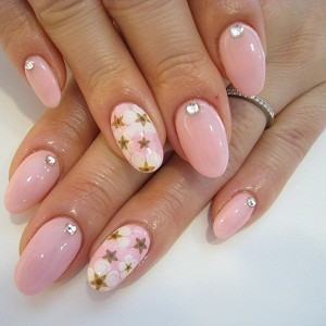 Smiley Nails & Spa   Manicure